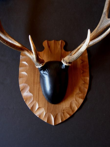 Antler Mount Kit- Arrowhead Elk - Bear Scents